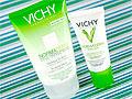 Уход против жирного и влажного блеска от VICHY