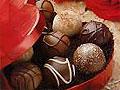 От сладких продуктов у женщин появляется нежелательный волосяной покров
