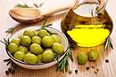 Применение оливкового масла для лица и кожи вокруг глаз